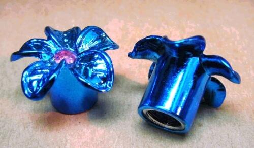 "колпачки на ниппель ""Цветок синий"""
