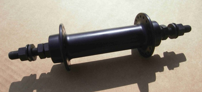 Втулка передняя под обода 100мм, черная